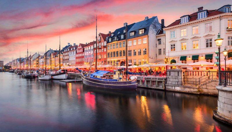 Дания- флаг карта климат достопримечательности отдых в дании