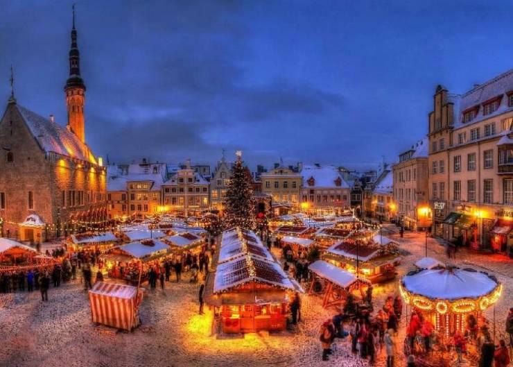 Рождественский рынок в Таллине