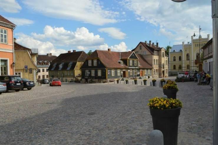 Старый город   Кулдига, Латвия 20140808001841 89362 900x597