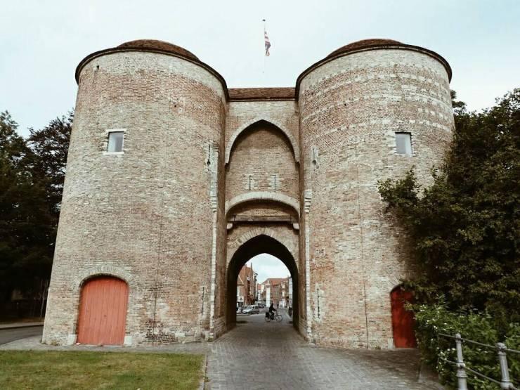 Городские ворота Kruispoort