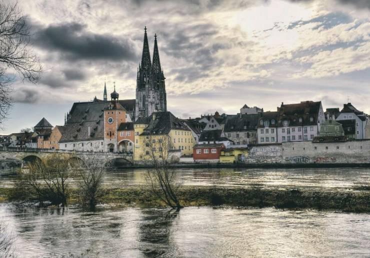 Регенсбург - старинный город в Баварии