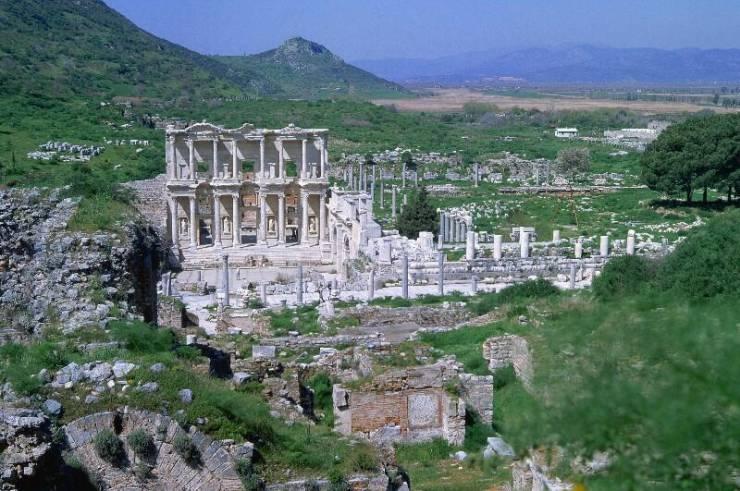Эфес. Библиотека Цельса