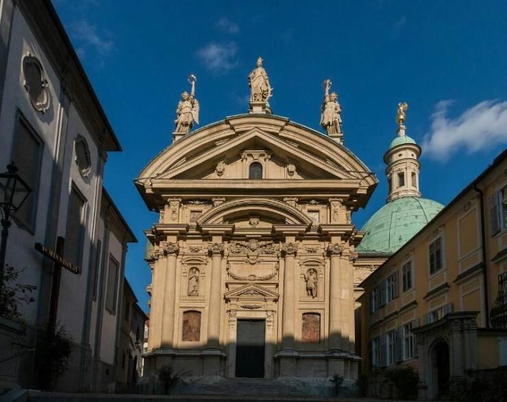 Мавзолей императора Фердинанда II и церковь св. Екатерина