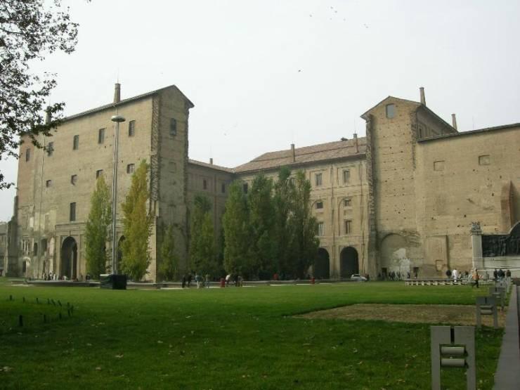 Дворец Пиллота