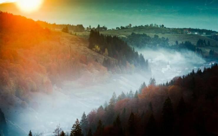 Румынские пейзажи. Туман в Карпатах