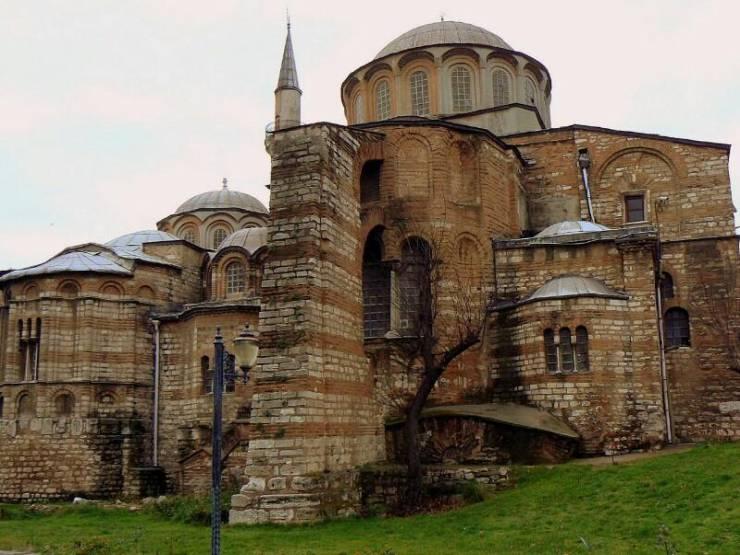 Церковь Христа Спасителя в Полях (Монастырь Хора)