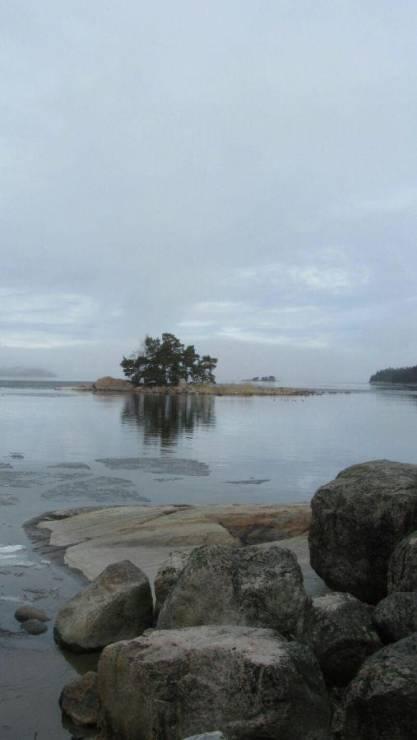 Остров в Архипелаговом море