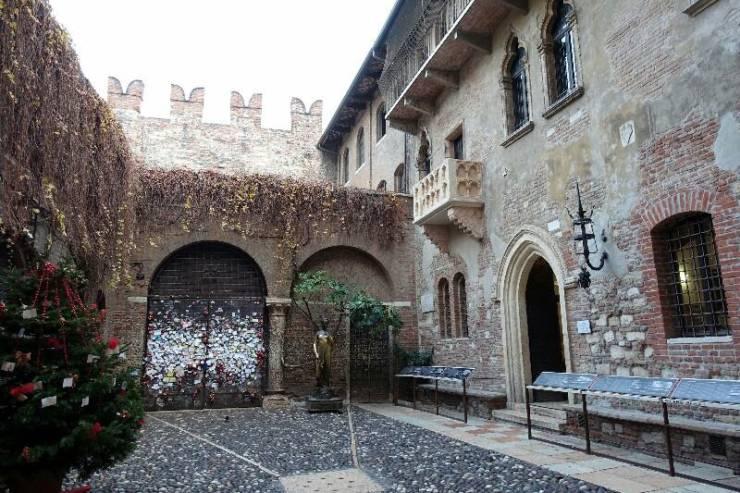 Дом Джульетты и знаменитый балкон