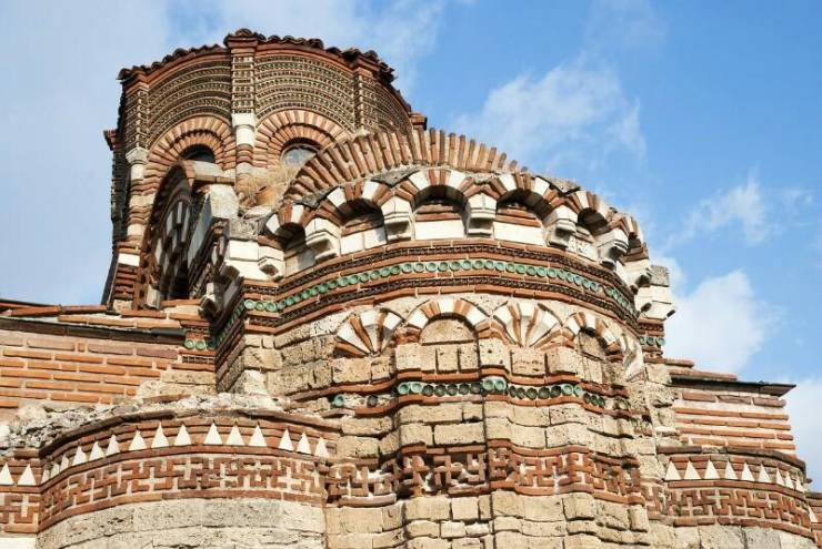 Старинная архитектура Несебыра