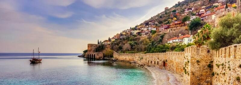 Средневековые стены Аланьи