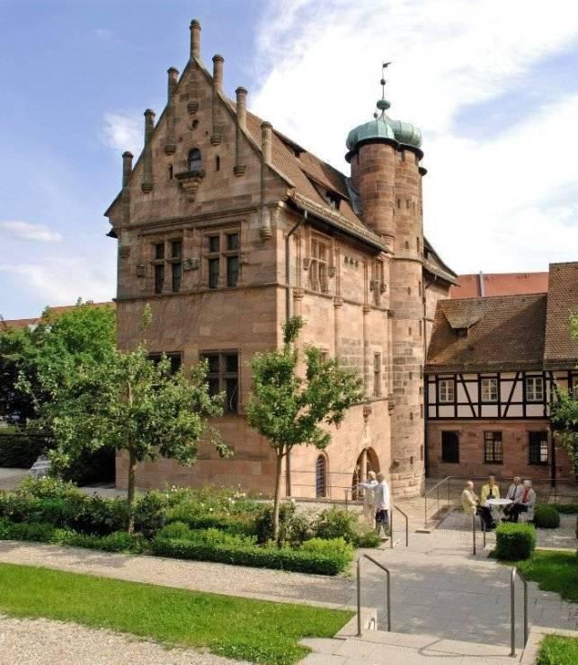 Замок Тухер - Tucherschloss