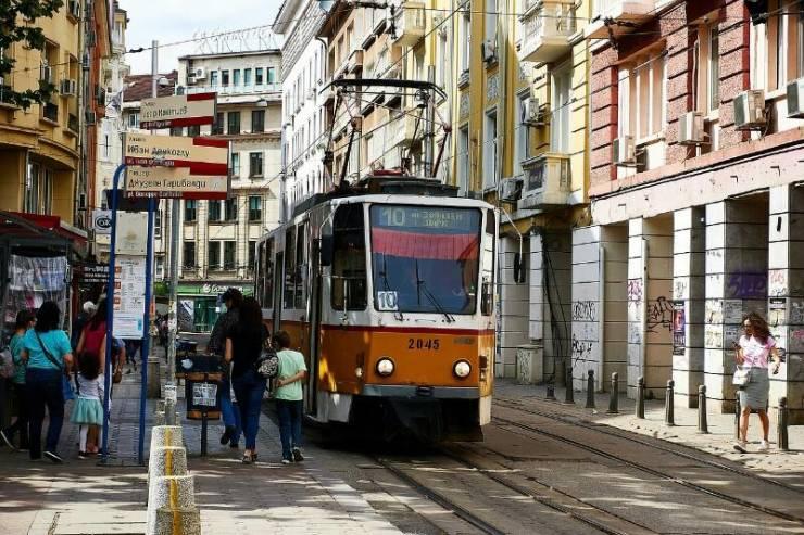 Трамвай на улицах Софии